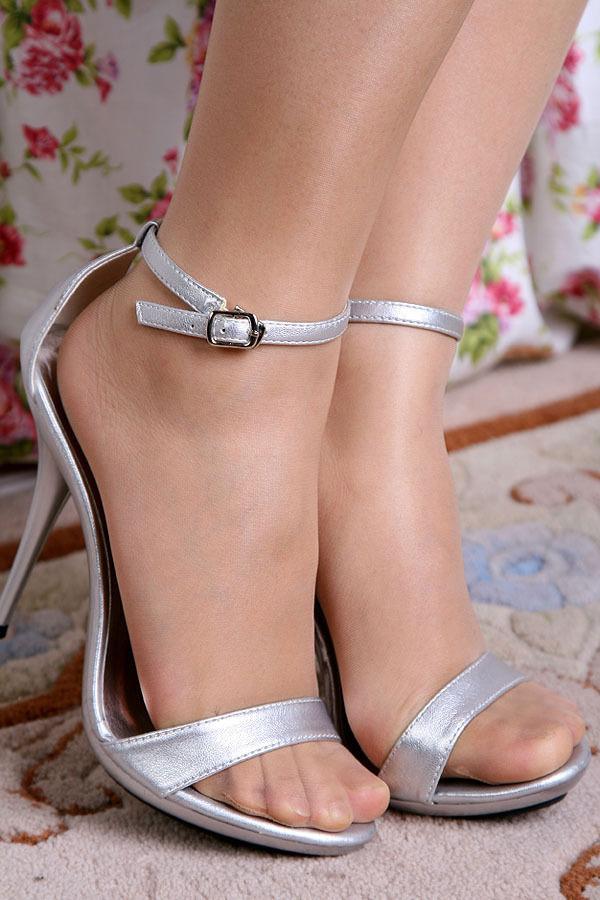 Line Shiny Pantyhose Pics Free 105