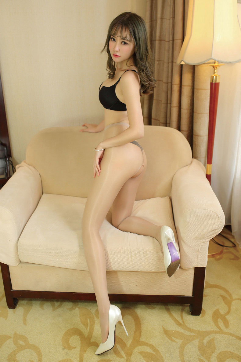 Women in shiny pantyhose