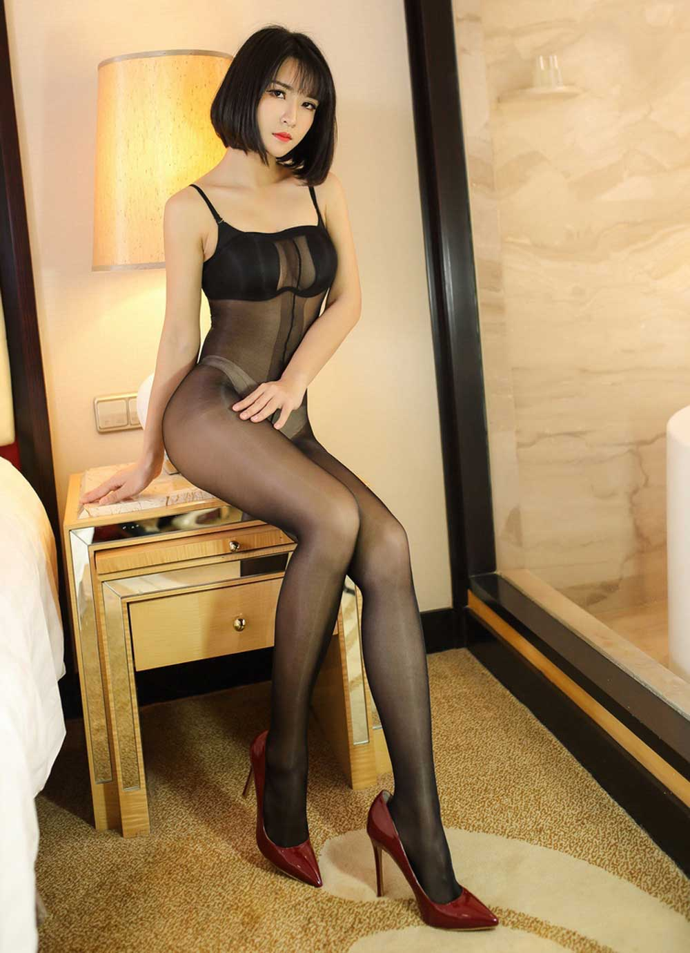 Sheer Pantyhose One Hanes Place