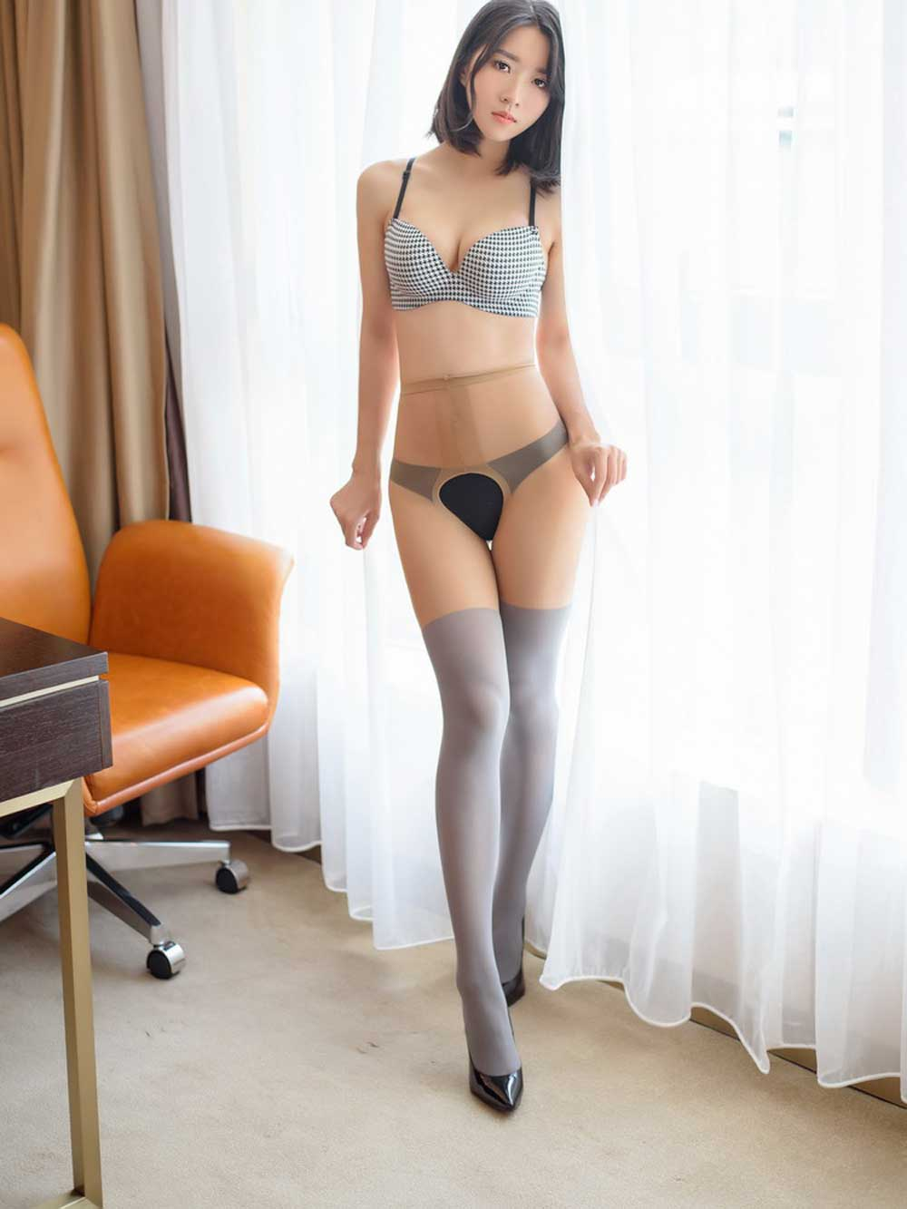 In Shiny Pantyhose At 101